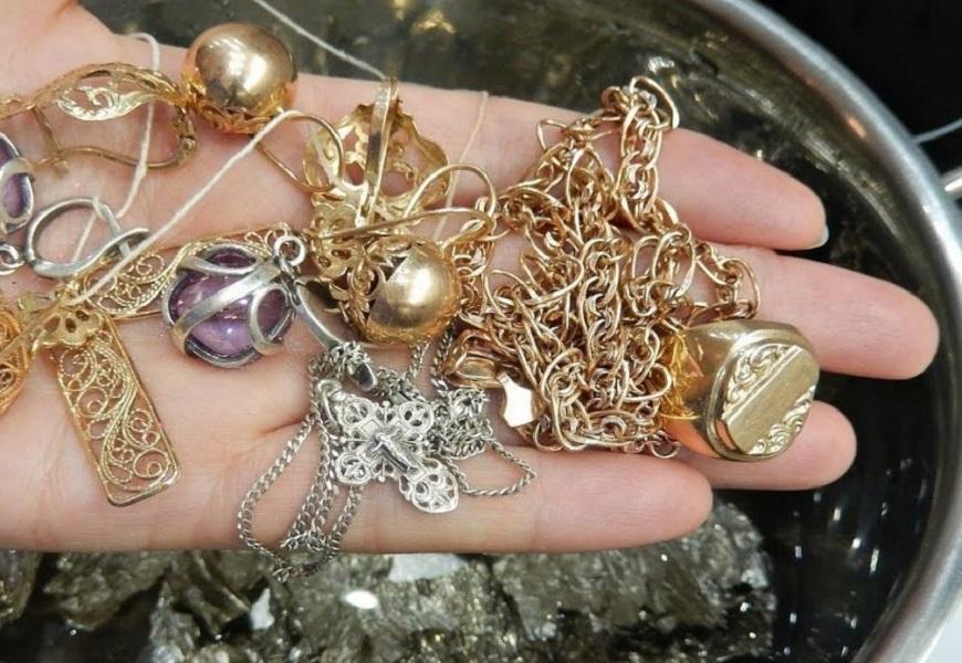 Метод кипячения золотых украшений