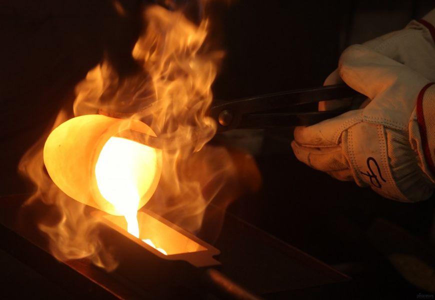 Зачем золото плавят и смешивают с менее драгоценными металлами