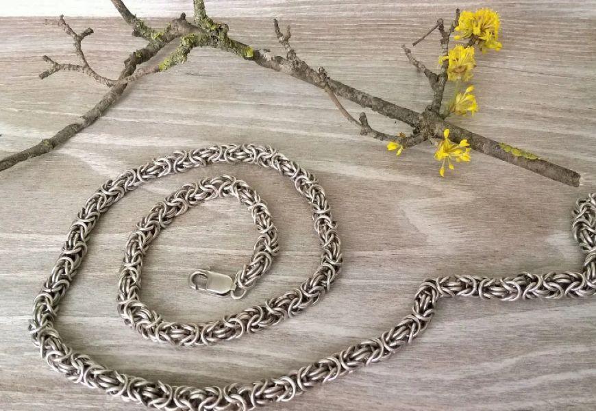 Витиеватый узор Византийского плетения