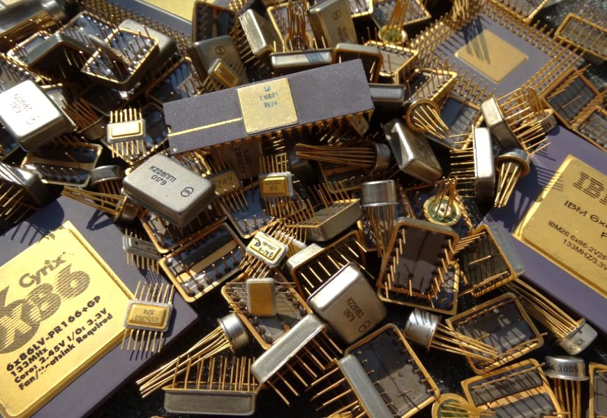 Радиоаппаратура и золотосодержащие элементы