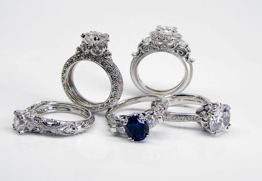 Как почистить серебро с камнями