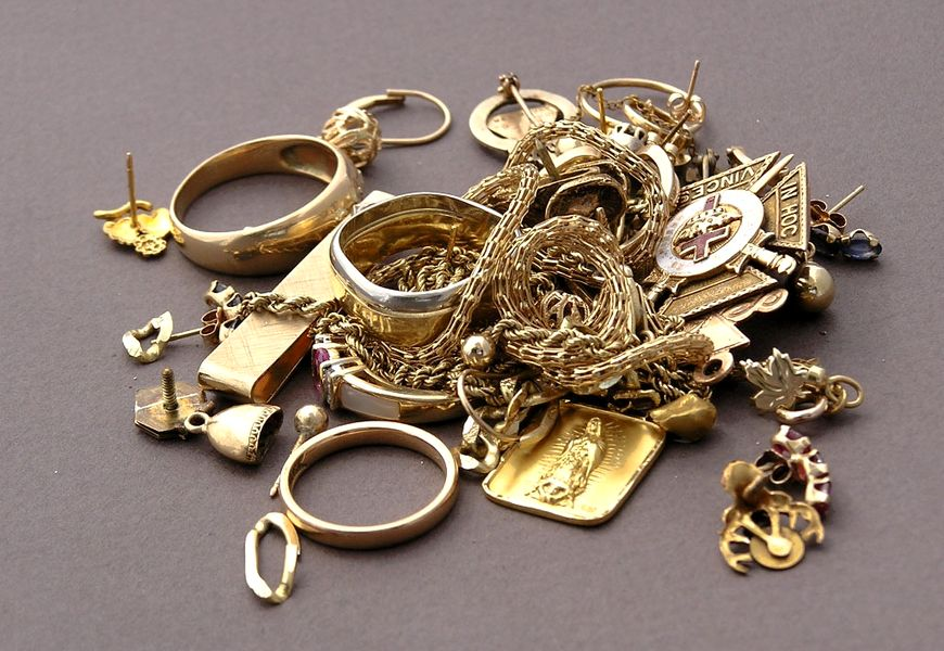 Два вида сдачи золота в ломбард