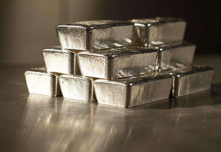 Серебро, как инвестиционный продукт: преимущества и риски
