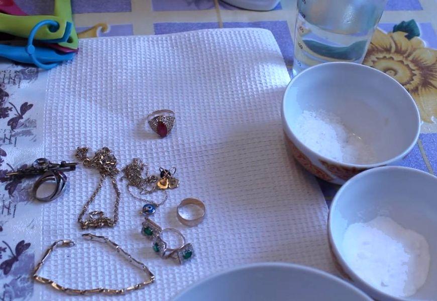 Как почистить позолоту на серебре