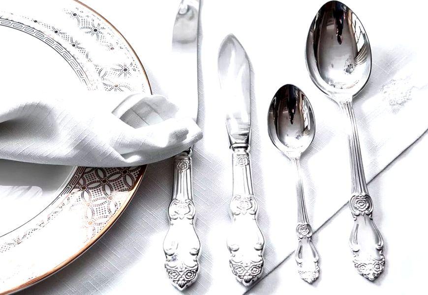 Столовые и чайные ложки, вилки, ножи серебряные