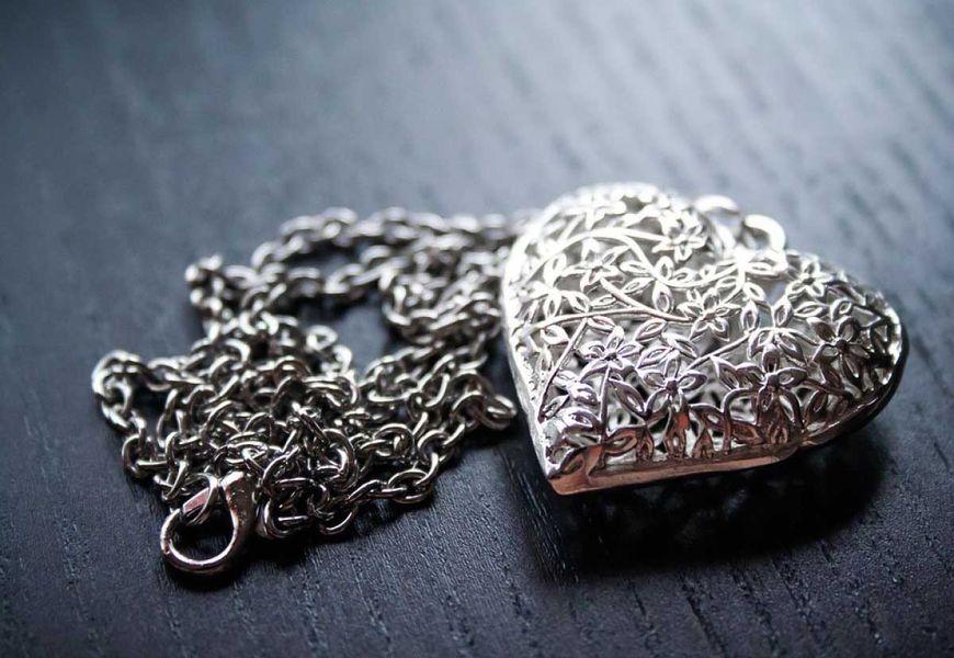Серебро в жизни, быту и в человеческом организме