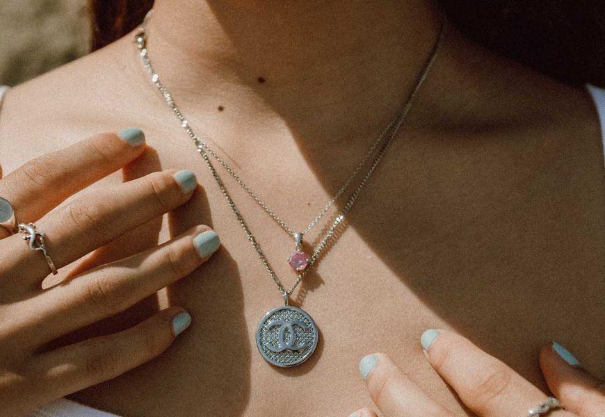 Как серебро влияет на организм человека, влияние внутри и снаружи